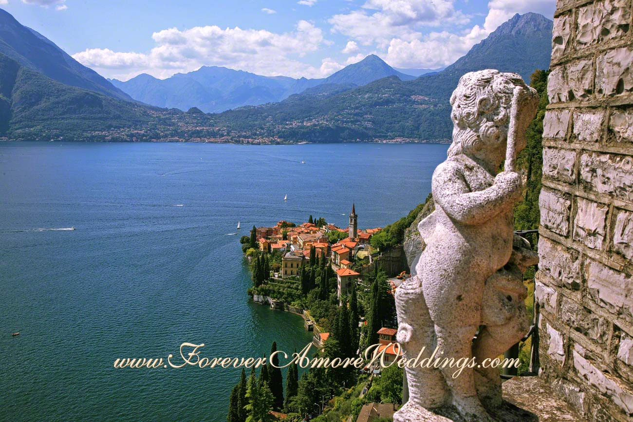 overview of Varenna lake Como