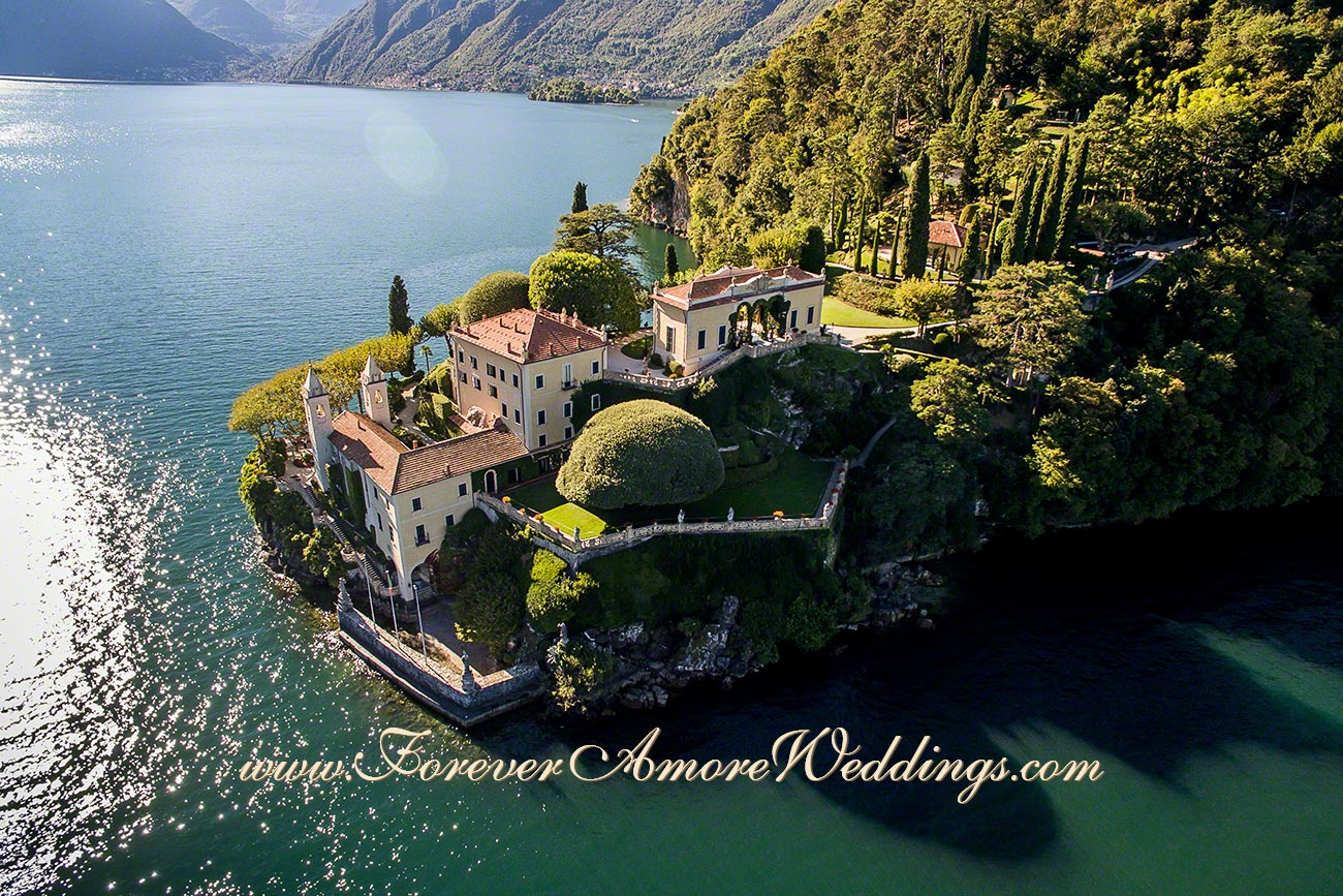 aerial overview villa Balbianello Lake Como