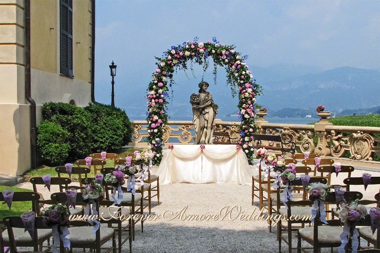 lake Como wedding ceremony at villa Balbianello