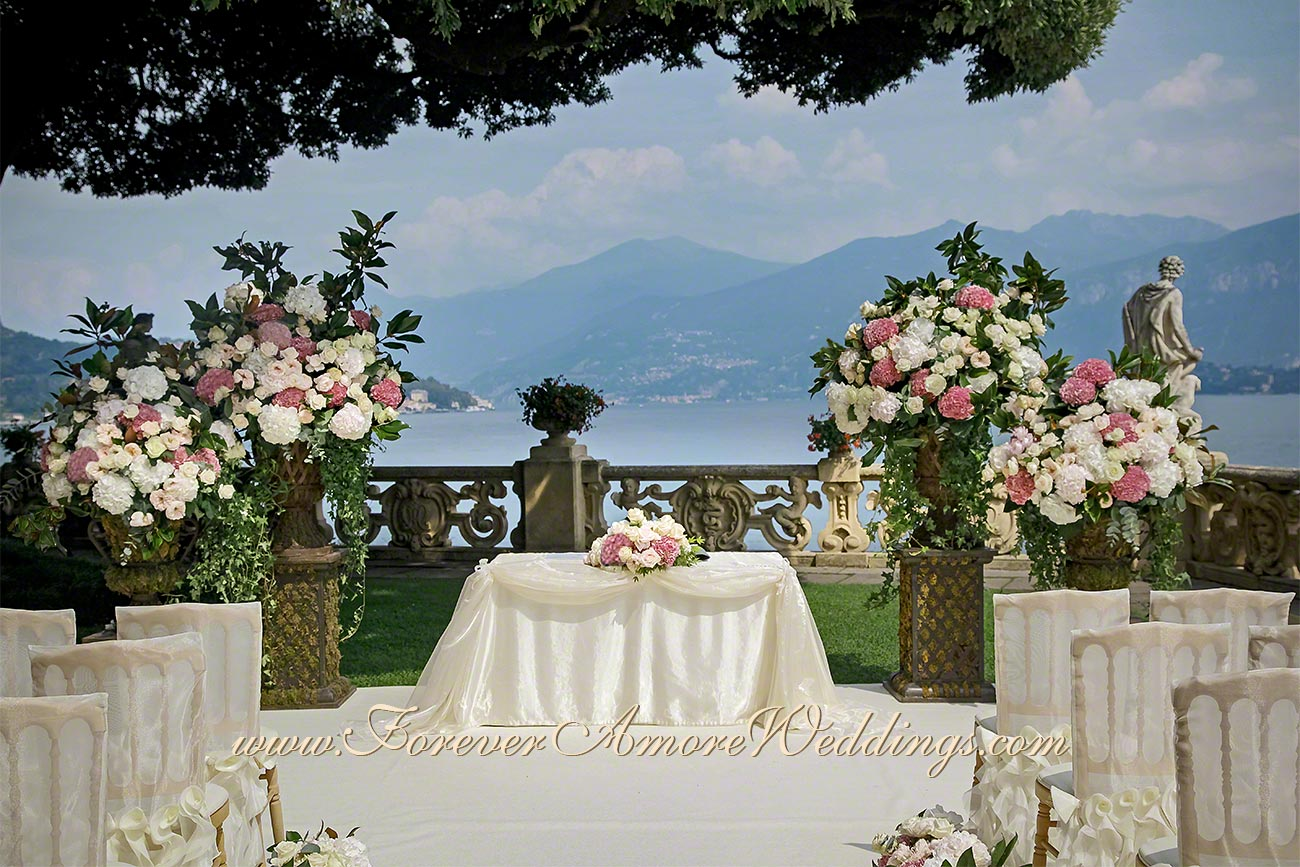 deluxe flower decoration for wedding at villa Balbianello