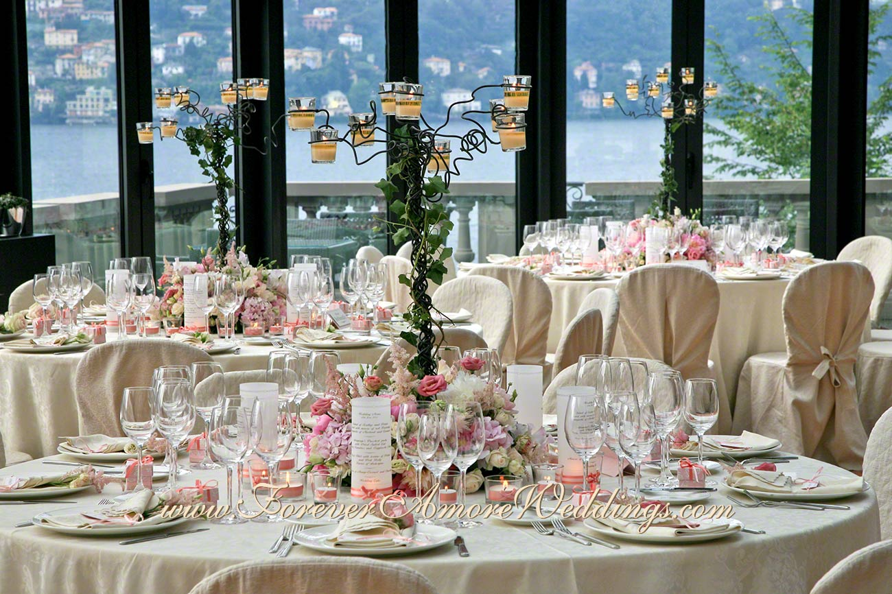 pink wedding centerpiece at Resort Casta Diva
