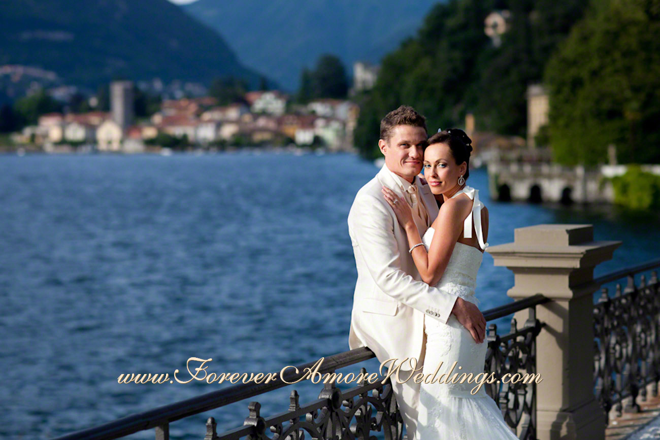 bride and groom embracing at Lake Como