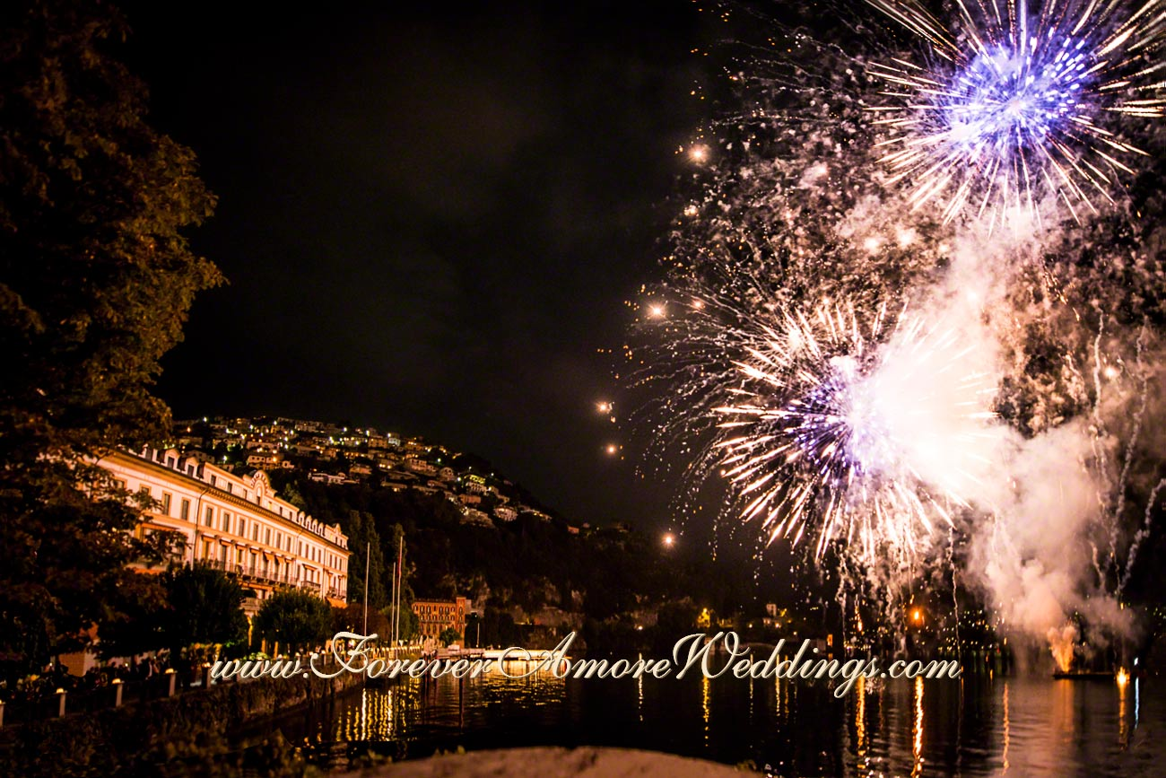 spectacular wedding fireworks at Villa D'Este