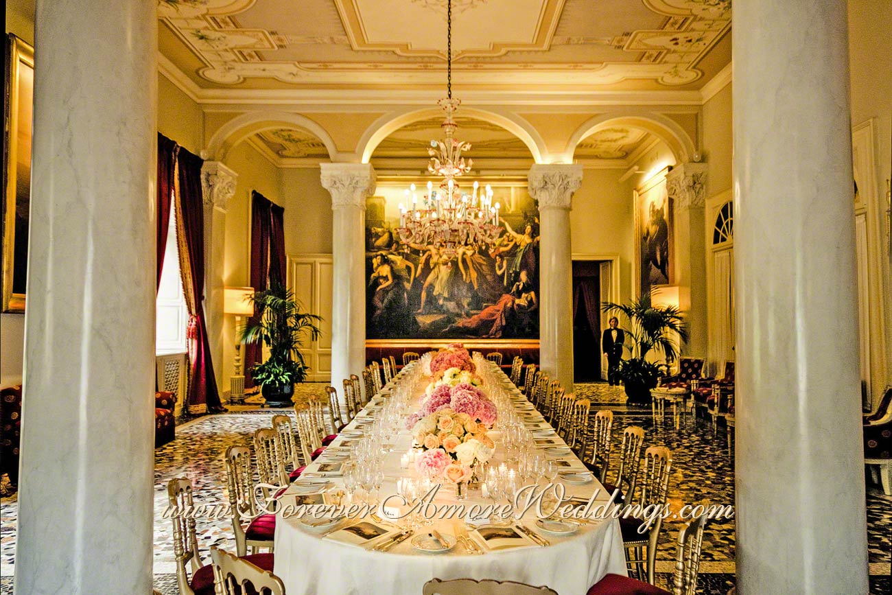 Colonne hall at Villa D'Este wedding reception