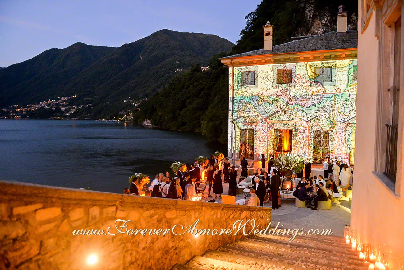 evening wedding reception at Villa Pliniana